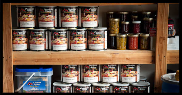 5 Golden Rules of Survival Food Storage