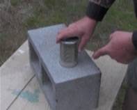 Survival can opener