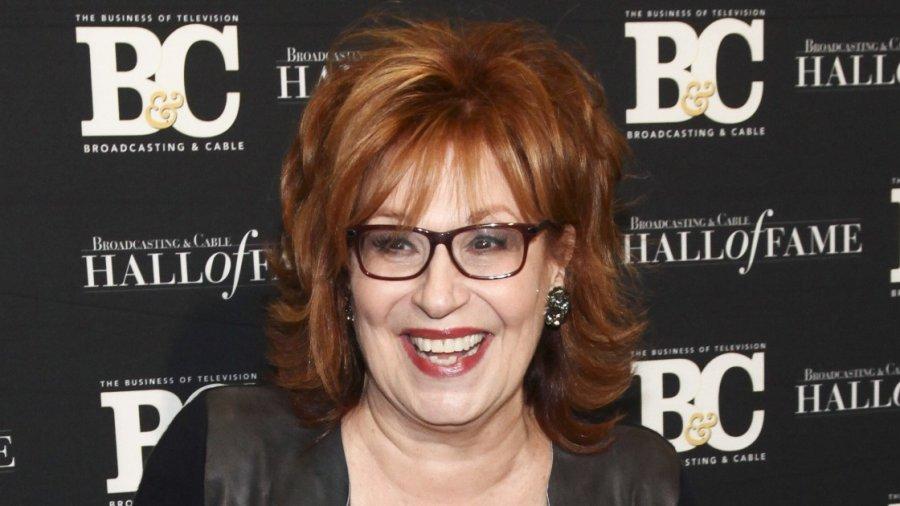 Joy Behar asks Alan Dershowitz: Why isn't Mitch McConnell in jail for blocking Obama's Supreme Court pick?