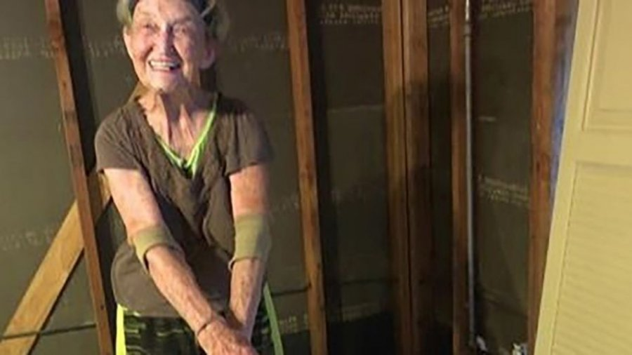 Woman, 83, forced back into Harvey-damaged house after FEMA aid ends
