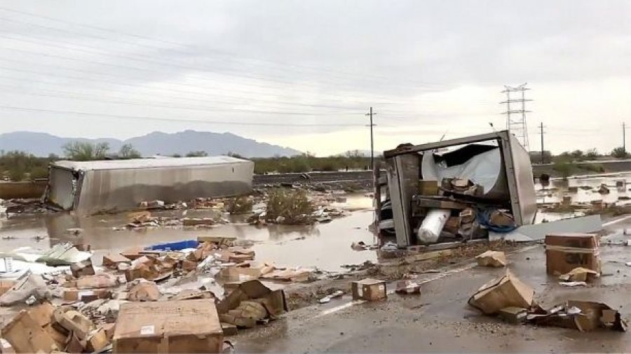 Train derails after hitting floodwaters on tracks in Arizona