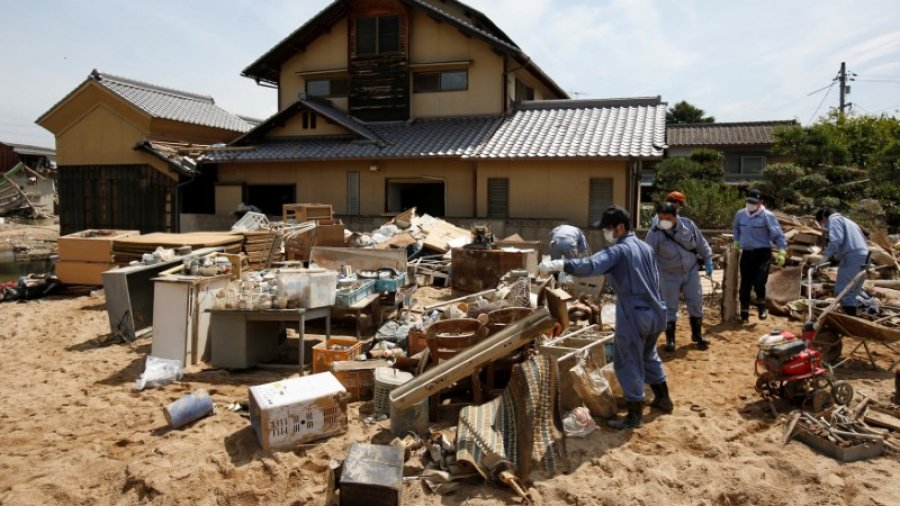 Japan struggles to restore water supply to flood-hit towns as temperatures soar