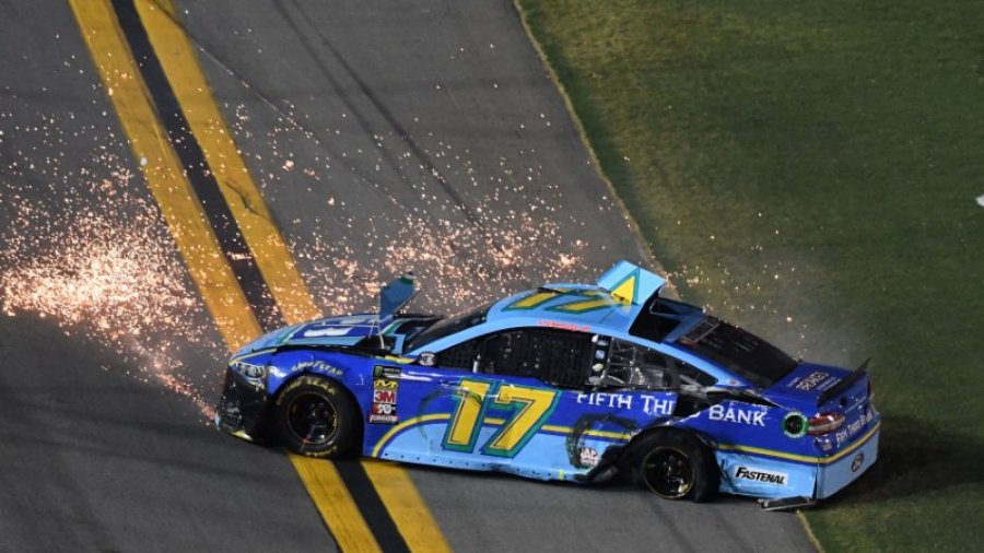 NASCAR notebook: Kyle Busch doesn't get Stenhouse apology