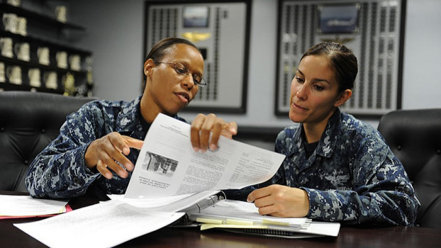 Navy to allow ponytails, dreadlocks and other hairstyles for female sailors