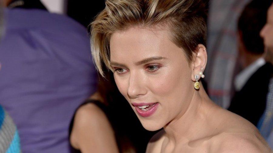 Scarlett Johansson Drops Transgender Role Following Backlash