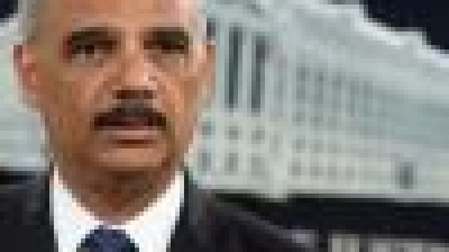 Eric Holder: Calls to abolish ICE are 'a gift to Republicans'