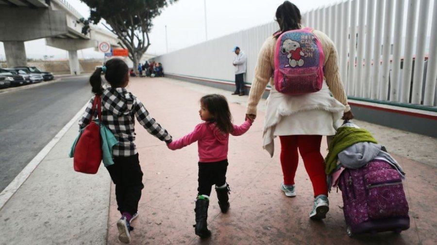 More than 2,500 migrant children waiting to be reunited with parents over next two weeks