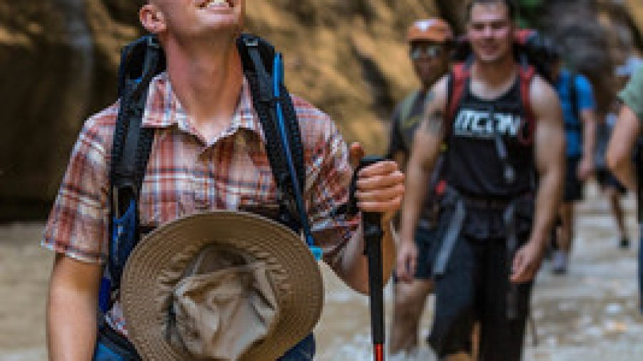 Single Marines Enjoy Nature, Camaraderie at Zion National Park