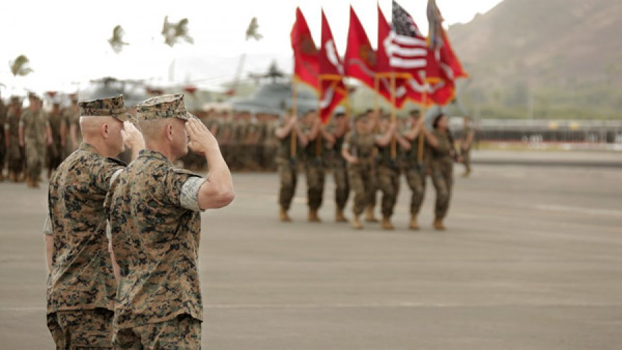 Lt. Gen.  Berger relinquishes command to Lt. Gen. Craparotta