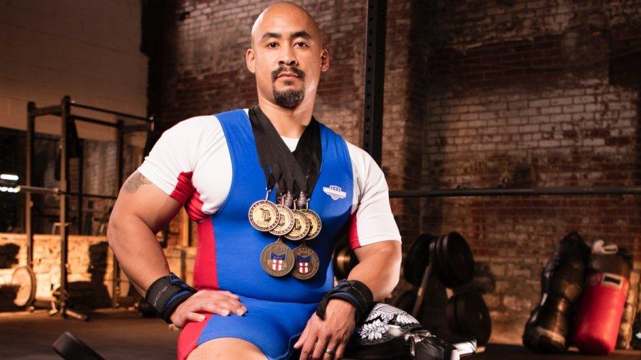 Disabled Michigan veteran sets powerlifting records