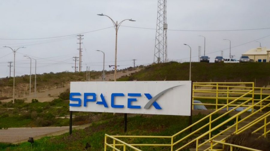 SpaceX Falcon 9 rocket to launch Monday from Vandenberg Air Force Base, carry several satellites