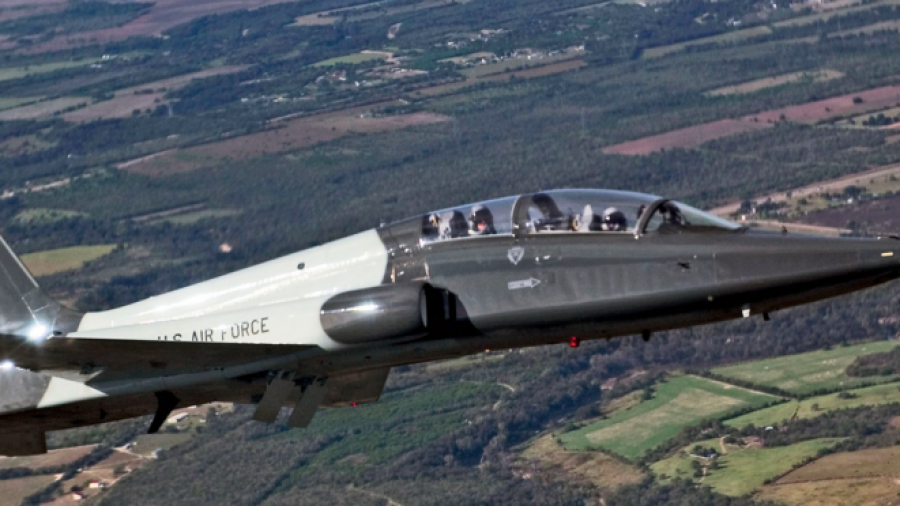 Air Force pilot dies, another injured after T-38 Talon crash at Laughlin AFB