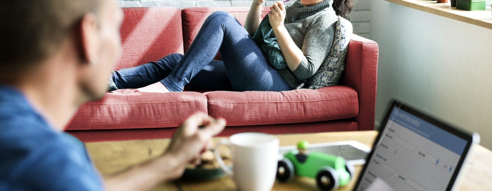 Couple Wife Husband Relax Customer Browsing